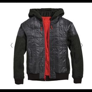 Black and red men's Kusa Cotopaxi jacket nwt sm